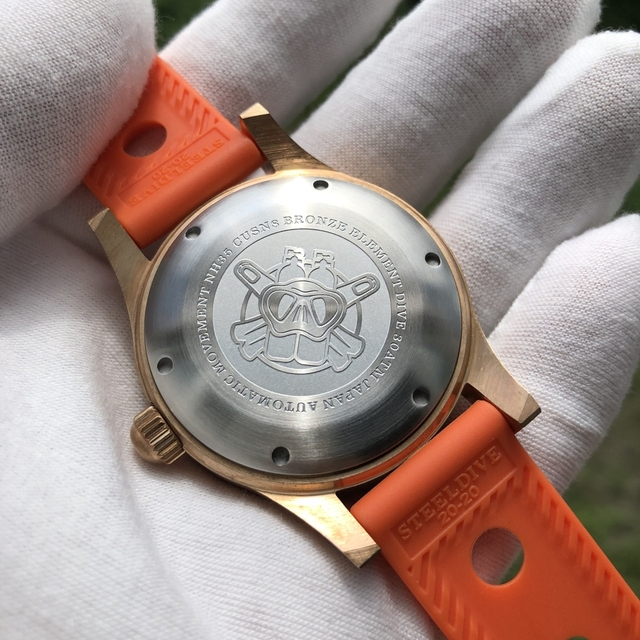 Фото мужские часы для дайвинга steeldive sd1952s черный циферблат
