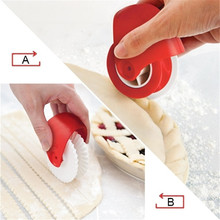 Professional Pizza Lattice Cutter Pastry Wheel Roller Baking Rolling Tool pastry lattice cutter baking cooking tool s l dough roller knife pie pizza cookie cutter pastry plastic baking tools bakeware embossing dough roller lattice cutter craft