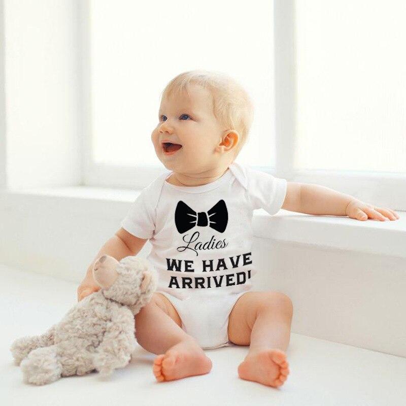 Romper do bebê verão terno homens e mulheres na Europa e no vento arcos moda roupa do bebê triângulo subir roupas molhadas