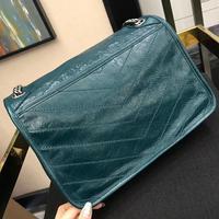 2020 high quality leather slant cross bag iron chain shoulder bag brand senior designer bag