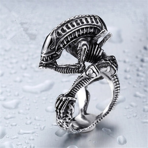 Alien Predator Punk Ring Alien Warrior Rings Cool Jewelry Animal Skull Biker Ring for Men Gothic Skull Biker Ring Jewelry Gift