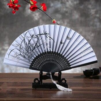 Abanico de mano de seda plegable de bambú 100% Vintage chino popular, abanico de flores para boda, accesorios de decoración para el hogar, regalos para mujeres y niñas