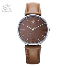 새로운 Shengke 40mm 다이얼 레이디 쿼츠 시계 그린 정품 가죽 캐주얼 세련된 여성 시계 선물 상자 relogio femininoStreet