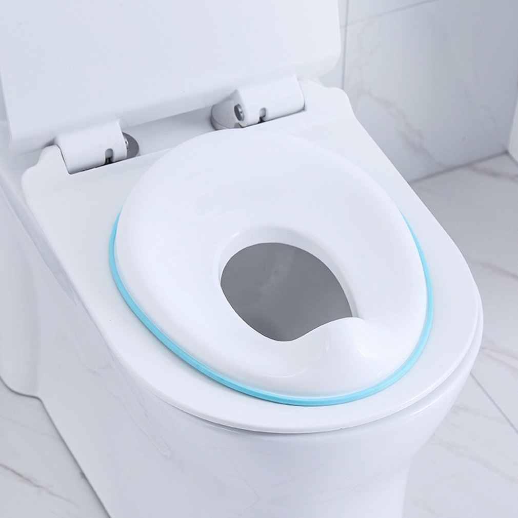 Bebé inodoro orinal asiento de entrenamiento niños baño asiento seguro encaja el redondo ovalado y baños antideslizante con Splash guardia orinal infantil cojín