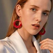 Moda semplice cerchio orecchini da donna in peluche atmosfera esagerata resina tinta unita orecchini pendenti rotondi nuovi regali di gioielli