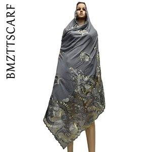 Image 4 - Yüksek kaliteli afrika kadınlar eşarp yumuşak şifon eşarp Splice Net ağır şifon eşarp s dua eşarp BM772