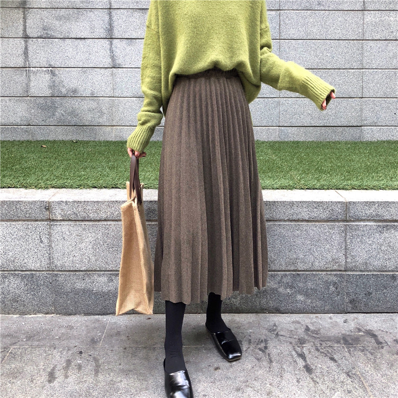 2019 New Women Autumn And Winter High Waisted Skinny Female Golden Velvet Skirt Pleated Skirts Solid Pleated Skirt Free Shipping