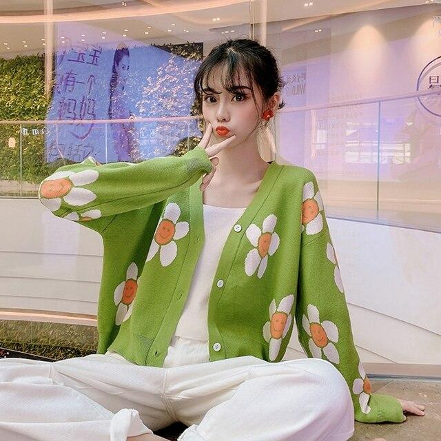 المرأة الكورية نمط الأزهار الطباعة الخامس الرقبة محبوك بالأزرار الإناث عارضة المتضخم كل مباراة سترة حجم واحد