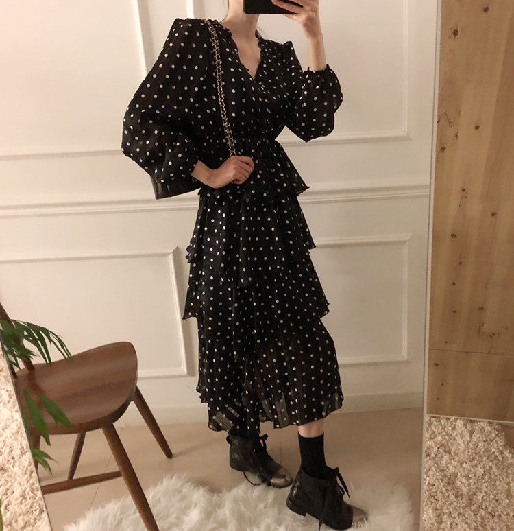 Hcb5627d68473404bb36847b9c3347fd7F - Autumn V-Neck Long Sleeves Satin Polka Dots Multi-Layers Midi Dress