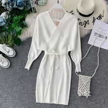 YornMona elegancki rękaw w kształcie skrzydła nietoperza V Neck z dzianiny biała sukienka 2019 jesienno zimowa w stylu Vintage kobiety sukienka Sash Ladies sukienka biurowa