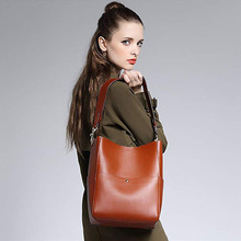 Classic fashion first layer cowhide ladies soft bag bucket Europe and the United States travel business daily shoulder