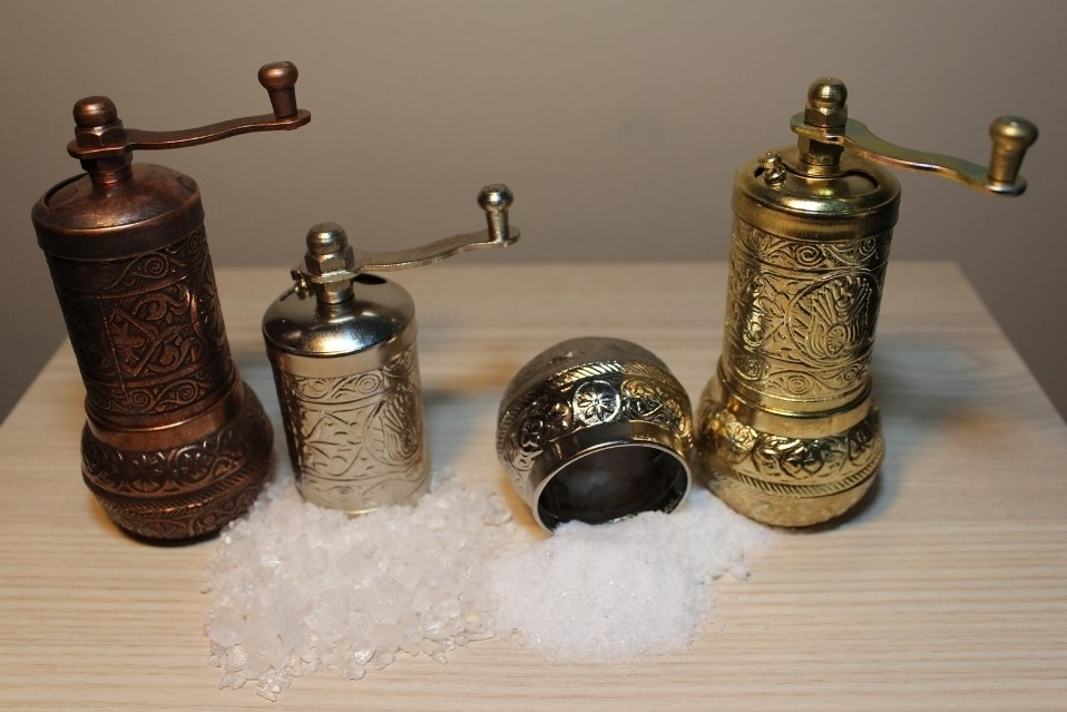 1 PCS Authentic Anatolian English Manual Copper Grinder Salt Pepper Mill Spice Grinder 4.3