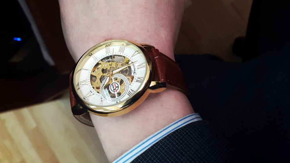 Hcb64645217ef474ebc5f374fedf893deD Forsining 3d Logo Design Hollow Engraving Black Gold Case Leather Skeleton Mechanical Watches Men Luxury Brand Heren Horloge