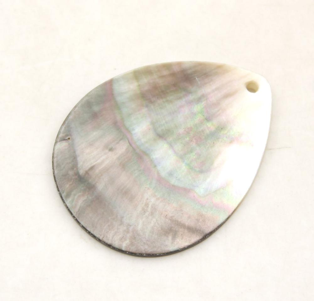 Купить с кэшбэком Teardrop Natural Mother of Pearl Shell Charms Pendants loose beads 35mmX40mm