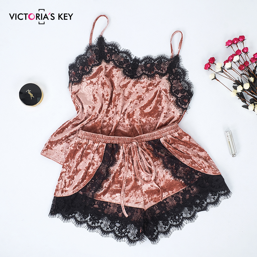 VICTORIA'S KEY 2019 Pink Velvet Sleepwear Cami Shorts Women Sexy Lace Summer Spaghetti Strap Sleeveless Pajamas Set Female