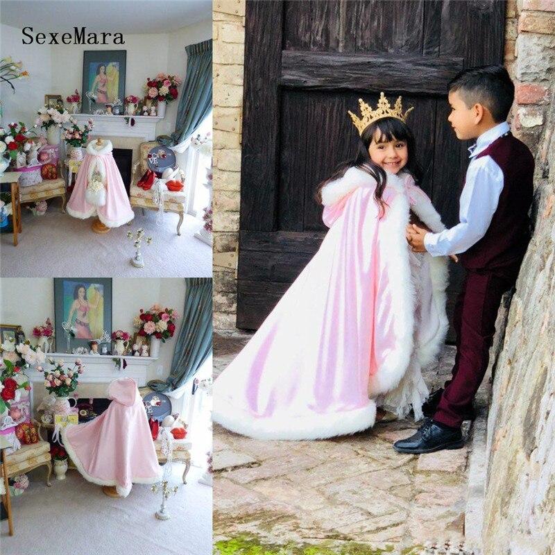 Enfants chaud manteau à capuche rose Satin fleur fille mariage Cape avec fausse fourrure garniture longueur de plancher hiver enfant Long enveloppes Cape