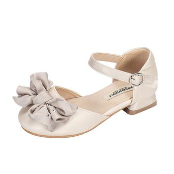 Nowe sandały dziecięce dziewczęce letnie sandały Bowtie dziecięce księżniczki skórzane buty dziecięce buty wyczynowe dziewczęce kwadratowe buty tanie i dobre opinie SKHEK RUBBER 3-6y 7-12y CN (pochodzenie) Lato Kobiet Lakierowana skóra Płaskie obcasy Hook loop Dobrze pasuje do rozmiaru wybierz swój normalny rozmiar
