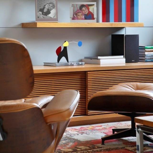 Furgle Premium Classic Lounge Chair w/ Ottoman  4