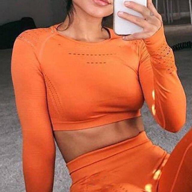 女性のシームレス長袖クロップトップ yoga シャツ親指穴ランニングフィットネストレーニングトップシャツ yoga 製品ジム服