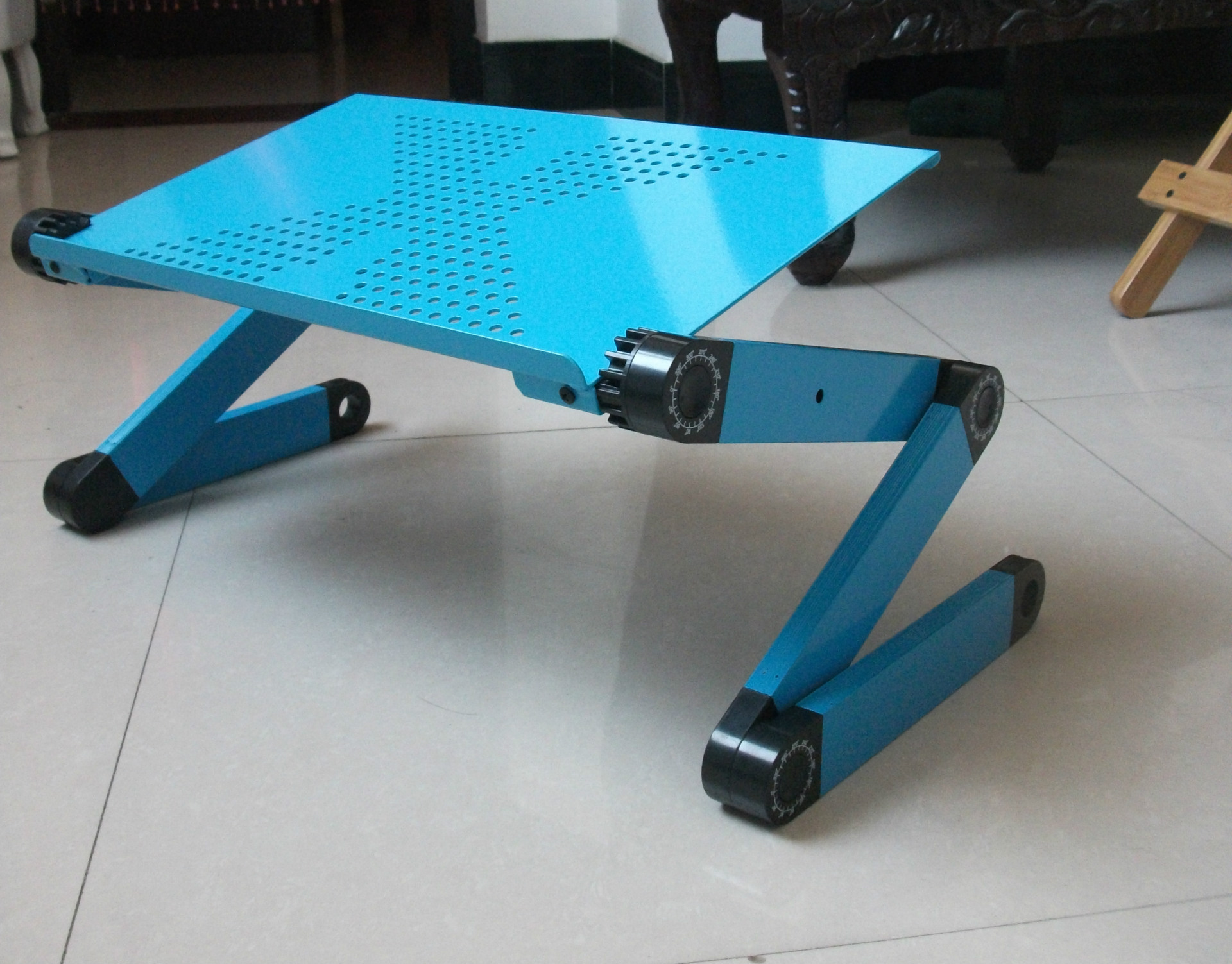 Computer Table Laptop Table Lazy Bed Desk Folding Simple Table Dormitory Useful Product Office Desk