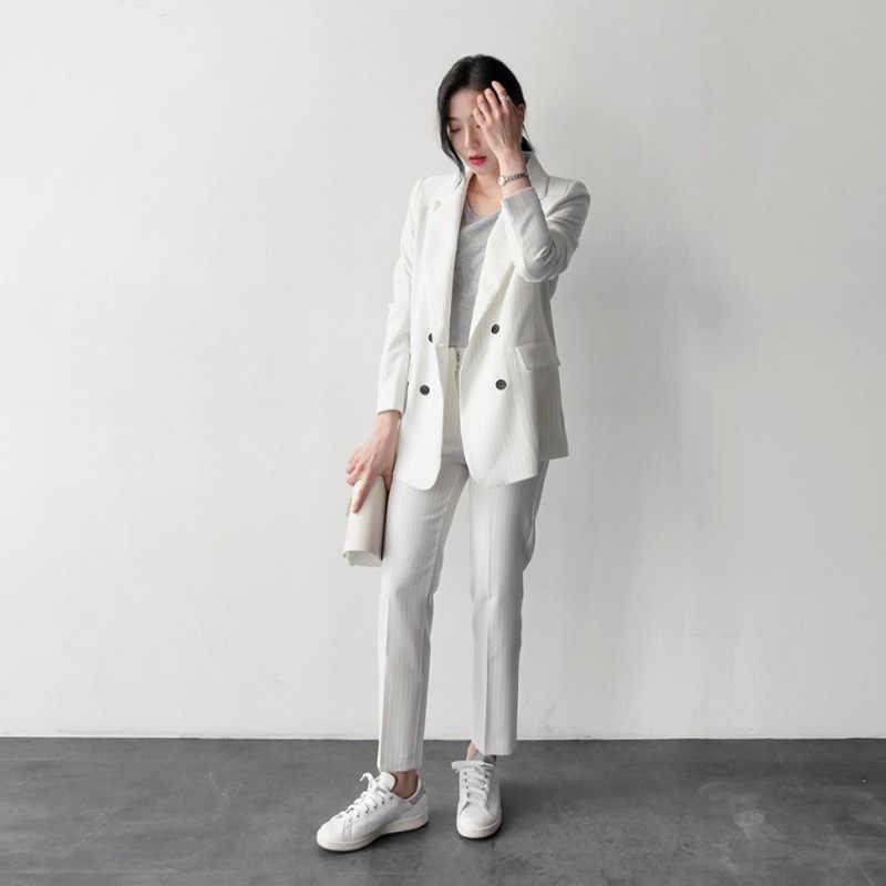 女性のスーツ 2019 春の新作と夏カジュアルファッション専門のスーツ Ol ストライプ白人女性のパンツスーツ