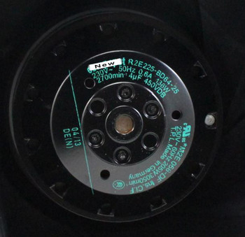 For ebm papst R2E225-BD64-25 AC 230V 0.6A 136W 205W 225x225mm Server Cooling Fan