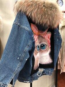 Image 4 - Indietro cartoon cat print fodera in pelliccia spessa parka in vera pelliccia donna collo in pelliccia di procione naturale giacca di jeans cappotto con cappuccio in pelliccia oversize