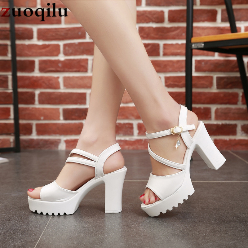 Fashion European and American Large Thick-soled Flat-heeled Roman Lace Sandals C