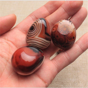 High Quality Natural Banded Agate Stone Madagascar Good Luck Raw Gemstone Body Heathy Specimen Beautiful Collection Gift