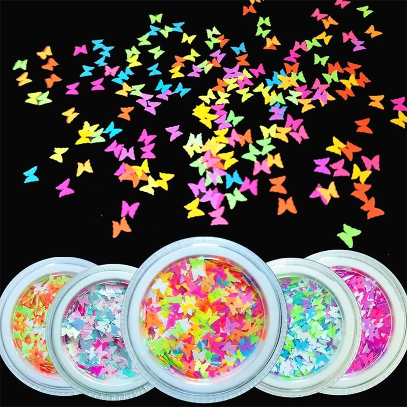 Kelebek şekli tırnak gevreği etiket madeni pul 3D lazer Glitter papyon pullu Nail Art süslemeleri DIY güzellik ipuçları