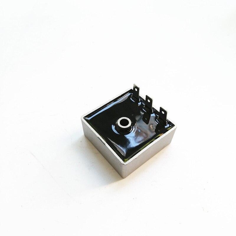 Régulateur de tension pour Aprilia Scooter AF1 Futura 50 Classic Europa MX ZD4STD ZD4TTC Pegaso RS AP8212121 343301 34330116 9630402