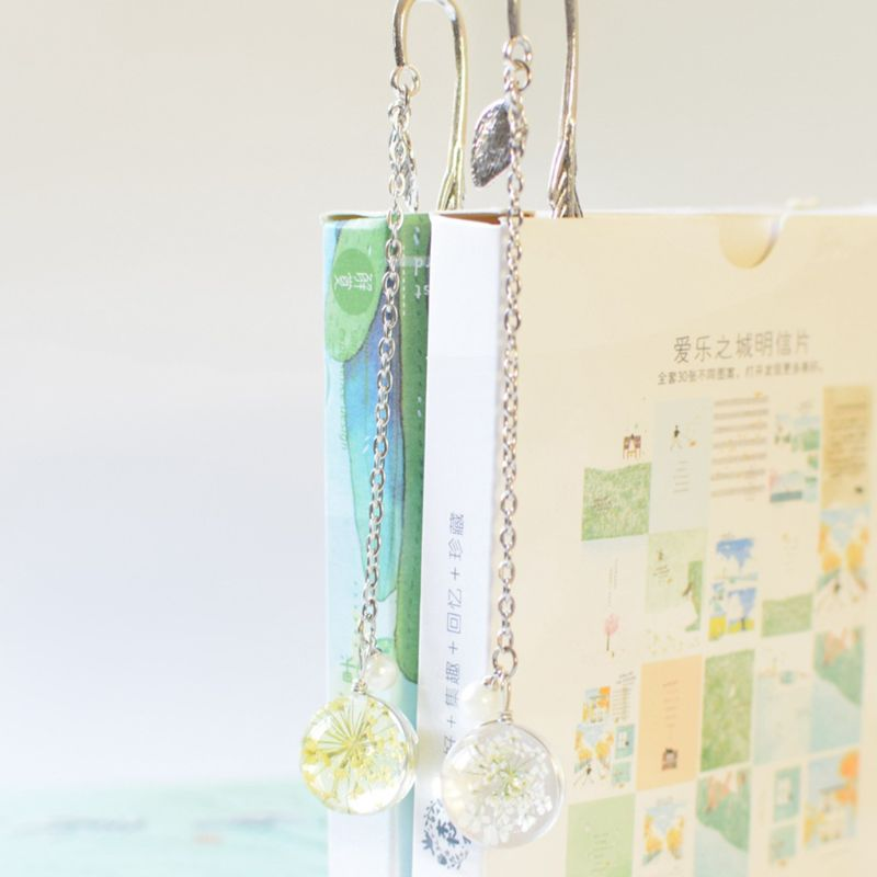 Retro Vintage Bookmark Feather Dried Flower Gypsophila Specimen Creative Metal Bookmarks Stationery Gift LX9A