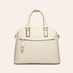 Image 3 - Crocodile Pattern Leather Handbags Women Bag New Simple Crossbody Bag For Lady High Quality Women Messenger Shoulder Bags HC258