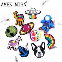 Original 1pcs Bulldog Shoe Croc Charms Alien Rainbow Astronaut Planet PVC Shoe Decoration Accessories JIBZ fit Kids Party Gifts