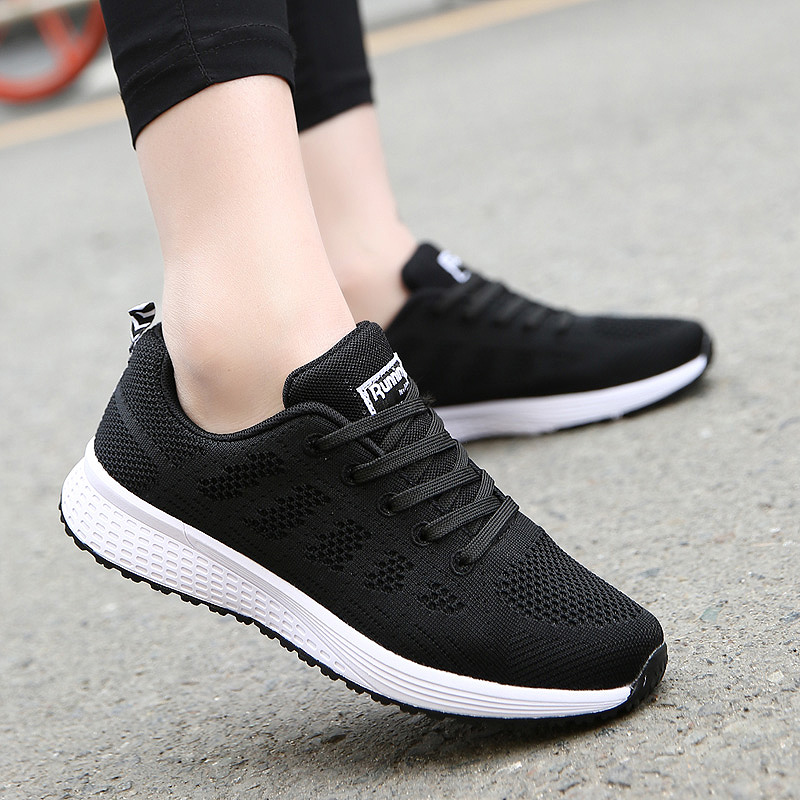 2020 Sneakers Women Sport Shoes Lace-Up Beginner Rubber Fashion Mesh Round Cross Straps Flat Sneakers Running Shoes Casual Shoes