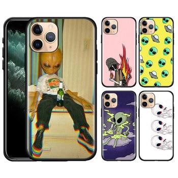 Alien UFO Schwarz Gummi Weiche TPU Silikon Fall Abdeckung für iPhone 11 11Pro Max SE 2020 X XR XS MAX 7 8 6 6S 5 5S 5C SE Plus Shell