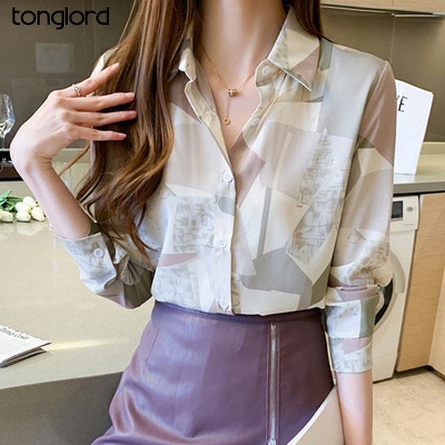 Women Chiffon Shirts Retro Single-breasted Long Sleeve Floral Painted Turn Down Collar Blusas Top 2021 New Spring Female Blouses 1