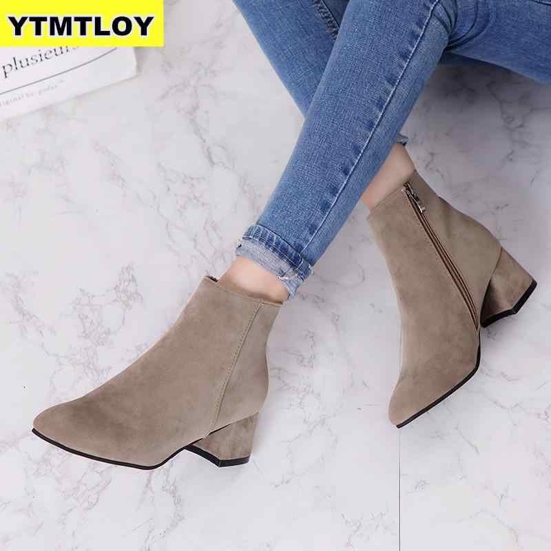 ฤดูใบไม้ร่วงฤดูหนาวรองเท้าผู้หญิงอูฐสีดำข้อเท้ารองเท้าผู้หญิงส้นหนา SLIP บนรองเท้าสุภาพสตรีรองเท้า Bota Feminina 35-42