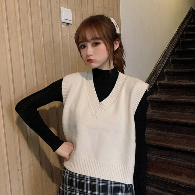 Autumn Sleeveless Sweater Women Sweet Solid Color V Neck Knitted Loose Sleeveless Slim Vest Jumpers Pull Femme Sweaters 2