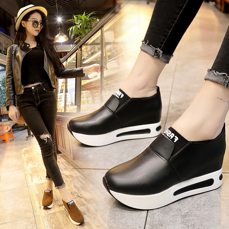 Fashion Shoes Woman Sneakers Spring Autumn Women Pu Flat Thick Bottom Shoes Slip On Boots Casual Platform Increase Within Shoes