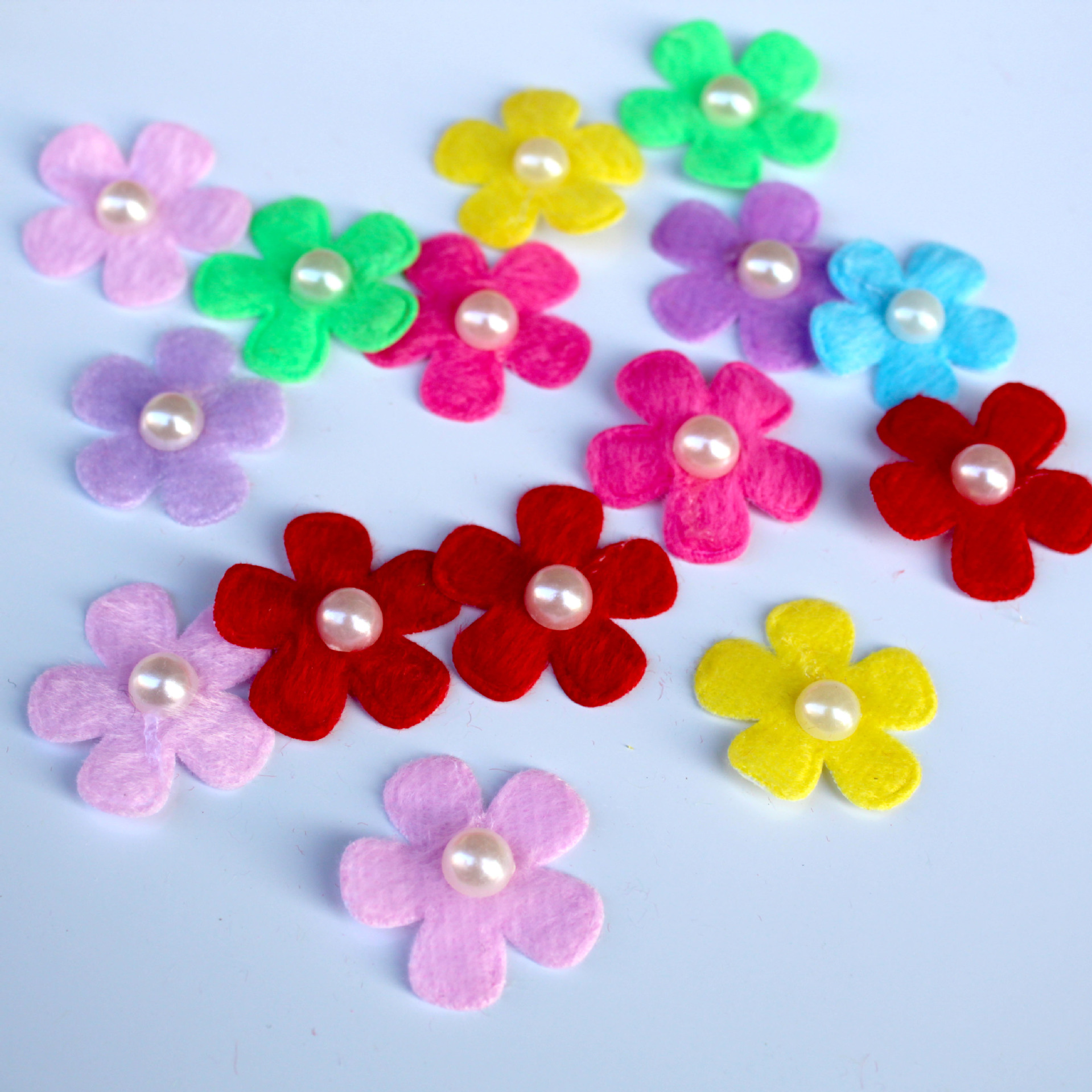 100 Scrapbook Die Cut Flower Non Woven Felt Fabric Flower Embellishment 35mm