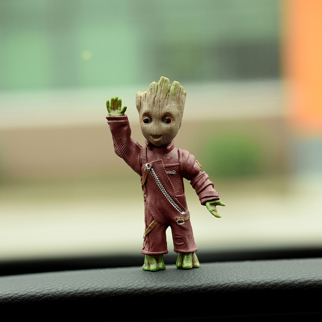 Car Ornament Gtoot Personality Car Ornament Action Figure Sitting Model Anime Mini Doll Car Center Consle Decoration Accessories