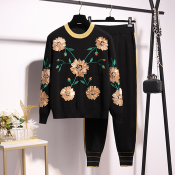 2020 Spring autumn Women's high quality embroidery floral sweaters+knitted pants two piece set Chic women sweat suit B539