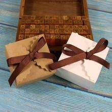 20 piezas Mini caja de papel Kraft blanco Retro Vintage DIY caja de regalo de boda pequeño caramelo galleta Dragee bautismo caja de embalaje