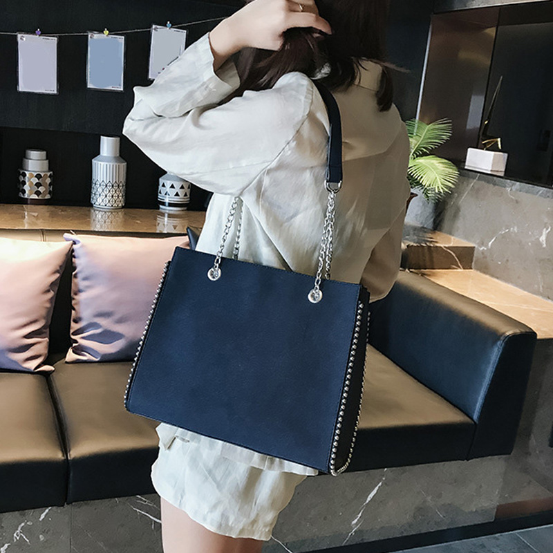 Fashion Chain Shoulder Bag Women Large Capacity Handbag Designer Rivet Flap Bags Women Luxury Shoulder Diagonal Bags For Women