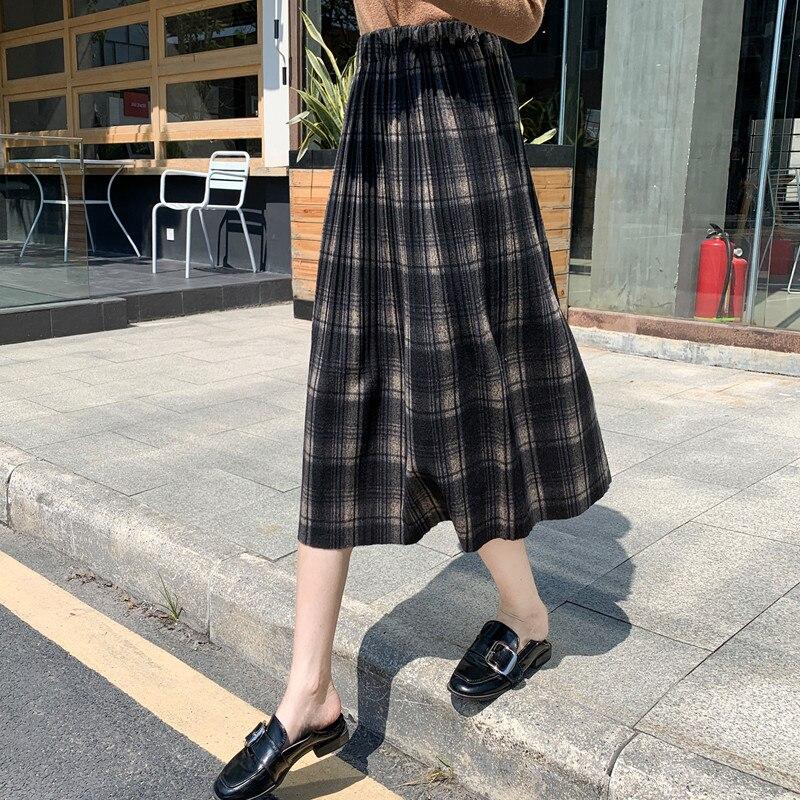 The New Spring 6346 Show Thin Grid Pleated Skirt Joker Cloth Long Skirts In Joker Kilt