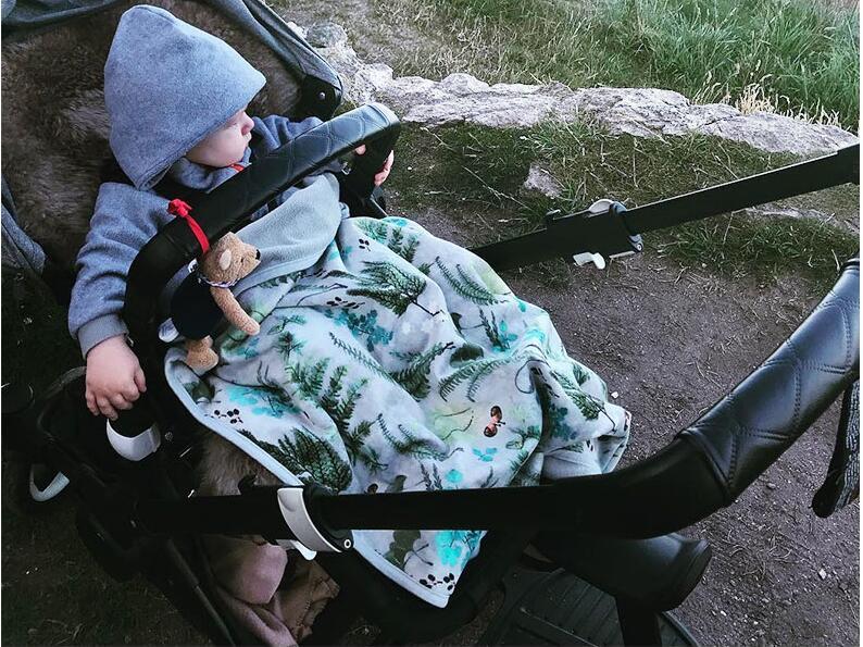 Le plus populaire velours bébé couverture qualité bébé Swaddle couverture printemps et automne hiver 100*70CM