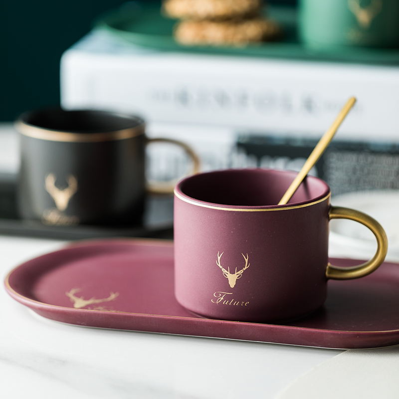 Christmas Cup Gold Rim Ceramics Coffee Cups Mug And Saucers Spoon Sets With Gift Box Tea Soy Milk Breakfast Mugs Dessert Plate
