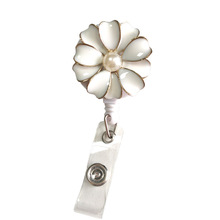 10pcs/30pcs/50pcs Pretty Flower Retractable Pull Reel/ID Badge Clip