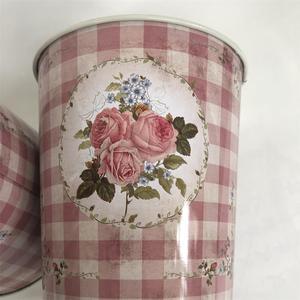 Image 2 - 10Pcs/Lot D12.5xH14CM Metal Vase Iron Planter Tin Boxes Wedding Centerpieces Home Decor
